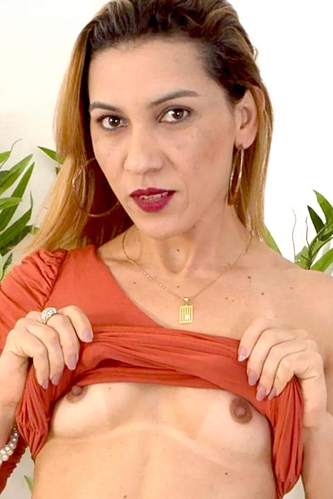 Sol Soares